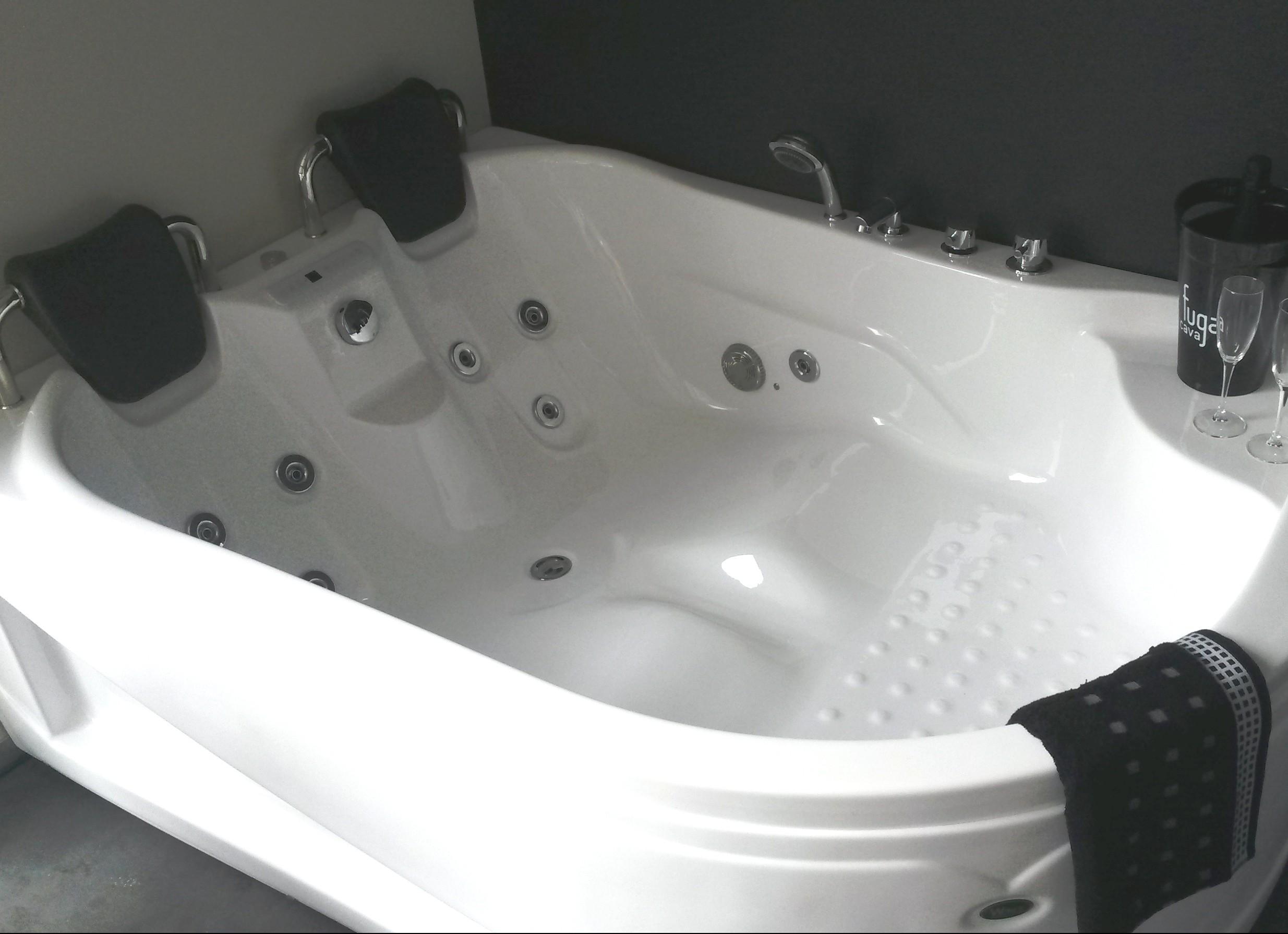 massagebad met ergonomische lighouding